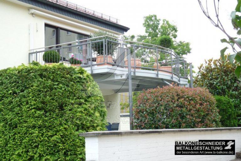 Die Balkonvergrößerung erlaubt eine grüne Oase im Obergeschoß. Unsere Balkone erweitern die Lebensqualität auf höchstem Niveau.