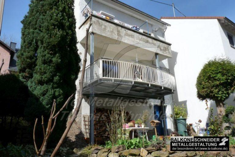 danach: größer, schöner, sicher und langlebig. Mit neuen Stützen für den oberen Balkon.