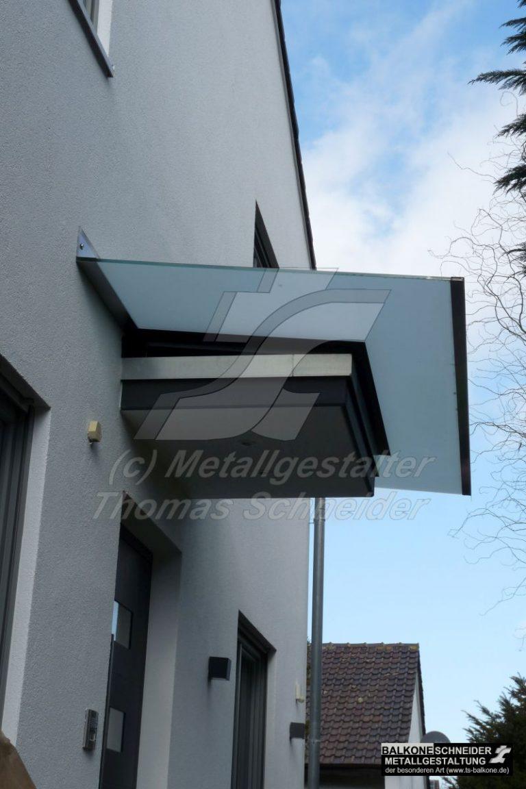 Auf vorhandenes Betondach eine Dachvergrößerung aufgebracht
